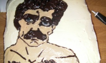 The Tom Selleck Cake Returns